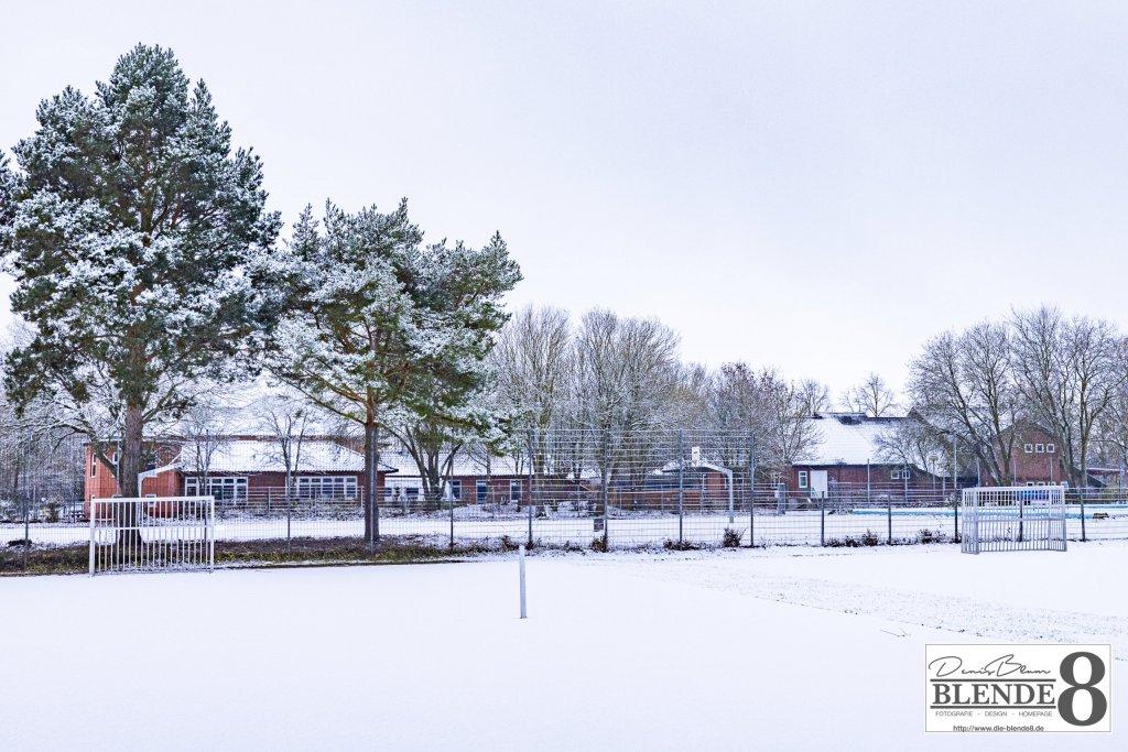 Blende8 Nordhessen Baunatal Winter Foto-Nr. 3006-19